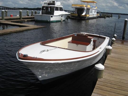 Crestliner Ladyben Classic Wooden Boats For Sale